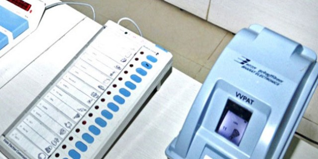 351 new EVMs fail on counting day in Gujarat, officials resort to manual counting of VVPAT slips