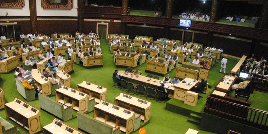 7000 करोड़ के कर्जमाफी के दावे पर विधानसभा में घिरी गहलोत सरकार