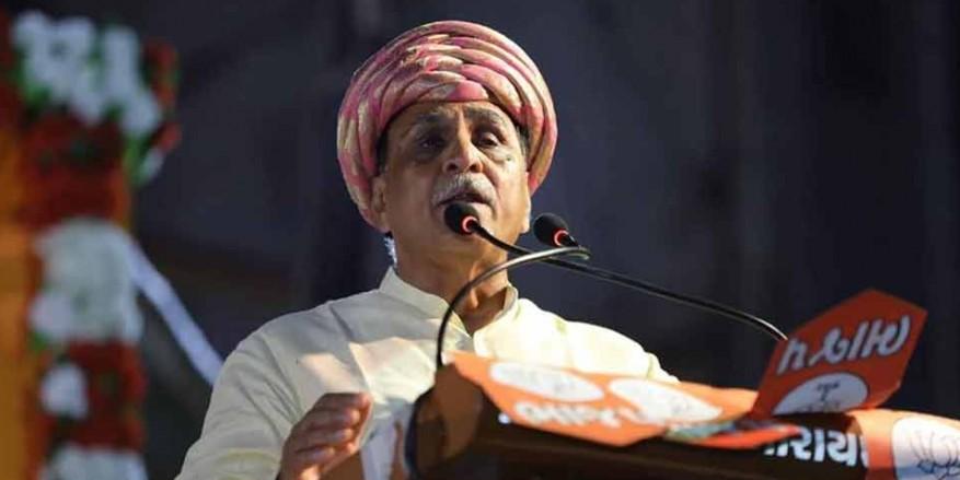 PM मोदी की लोकप्रियता से डर गई कांग्रेस, इसलिए चुनाव में नहीं उतरीं प्रियंका गांधी : विजय रूपाणी