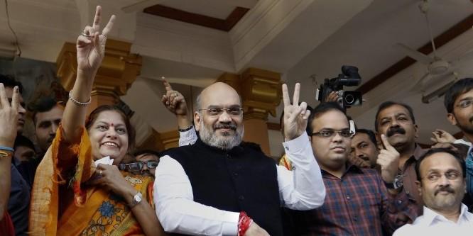 PM मोदी के बाद अमित शाह ने भी डाला वोट