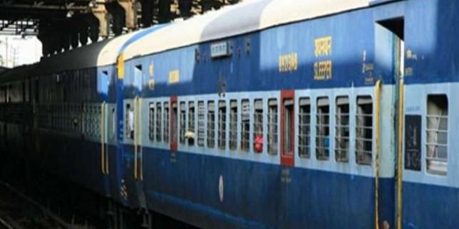 Cyclone Fani: फणि तूफान के बाद पुरी से अभी चलाई जा रही 12 जोड़ी ट्रेन