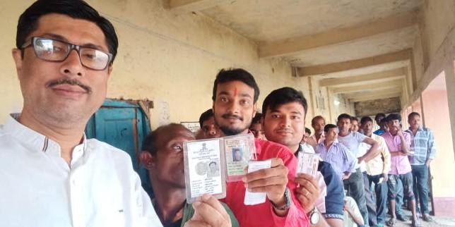सुबह 9 बजे तक झारखंड में 14 फीसदी मतदान,गोड्डा के वोटर सबसे तेज