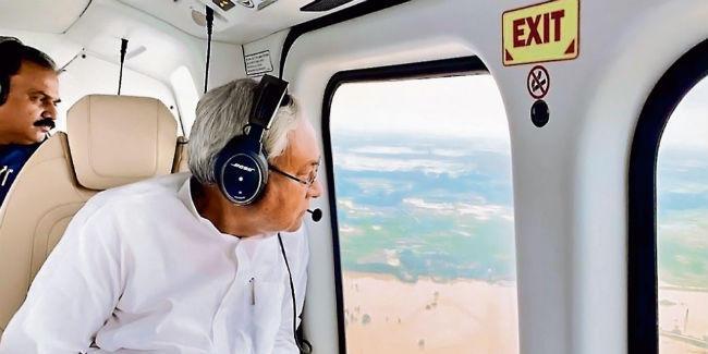 मुख्यमंत्री ने बाढ़ग्रस्त क्षेत्रों का किया हवाई सर्वे राहत व बचाव कार्य तेज करने का दिया निर्देश, हेल्पलाइन नंबर जारी