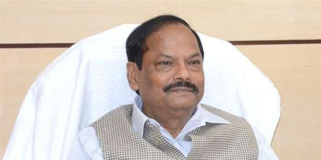 बाबा दरबार में रघुवर सरकार, कैबिनेट की बैठक करने ट्रेन से पहुंचे सीएम, मंत्री व अधिकारी