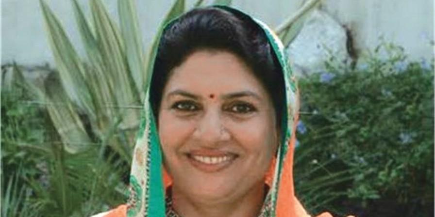 नैना चौटाला फिर शुरू करेंगी हरी चुनरी चौपाल