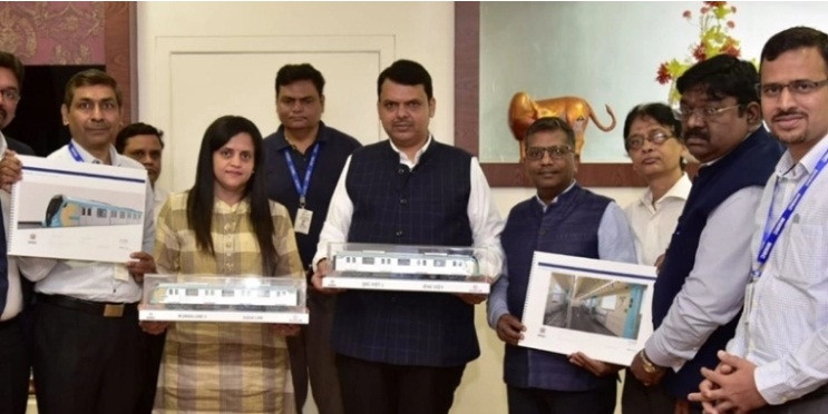 CM Fadnavis unveils rolling stock model of metro line-3
