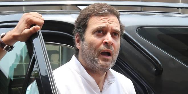 कोर्ट में पेश हुए राहुल गांधी, कहा- गुनाह कबूल नहीं