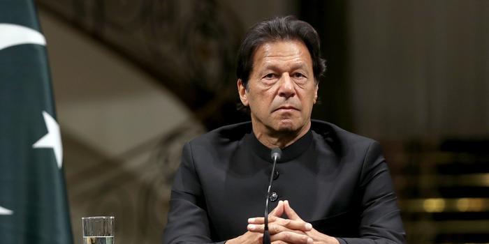 अनुच्छेद 370 हटने से मानो  पाकिस्तान के पैरों तले ज़मीन खिसकी