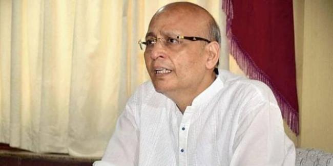 कांग्रेस के दो दिग्गजों ने की PM मोदी की तारीफ, तो अमित मालवीय ने कसा तंज