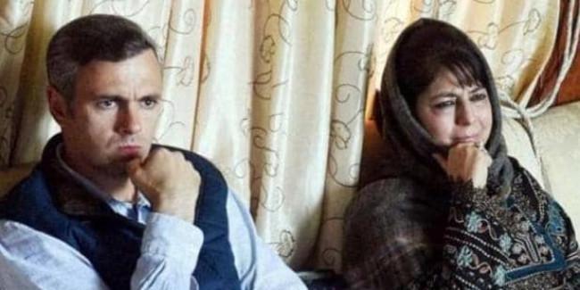 कश्मीर में अब क्या होने वाला है? आधी रात को उमर और महबूबा मुफ्ती नजरबंद
