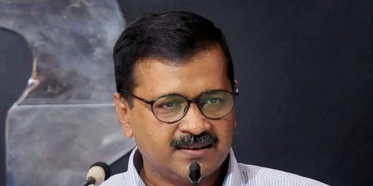 बिजली के मुद्दे पर कांग्रेस-AAP आमने सामने, केजरीवाल ने जारी किए शीला सरकार के आंकड़े