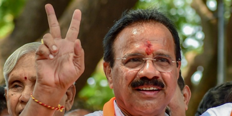 Mid-term polls in Karnataka would be burden on People: Sadananda Gowda says would rectify things if given chance