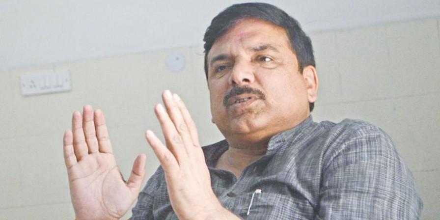 AAP बोली- अब ईवीएम को घर बिठाने का वक्त आ गया है