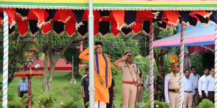 Tripura to be an IT hub: Biplab promises on Independence Day