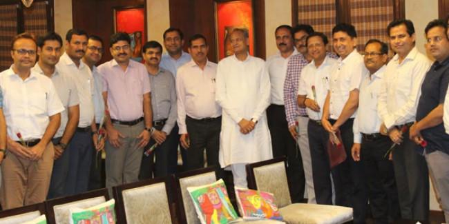 RAS एसोसिएशन के प्रतिनिधिमण्डल ने की CM अशोक गहलोत से मुलाकात