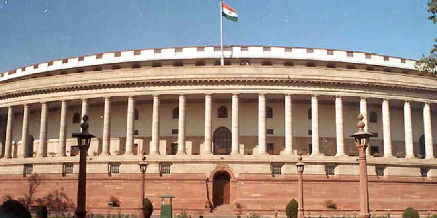 संसद में हो रही विधेयकों की बारिश, आखिर क्यों?