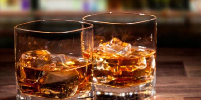 नगर निगमों-परिषदों पर पंजाब सरकार ने लगाया गो-सेस, अंग्रेजी शराब पर प्रति बोतल 10 रुपये