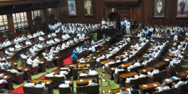 Karnataka CM Kumaraswamy to face floor test today; BJP fields nominee for speaker's post
