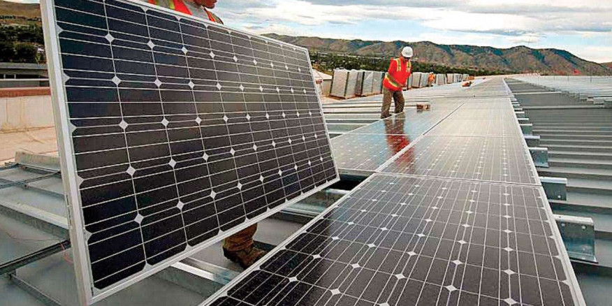 Gujarat government aims to penetrate two lakh households with solar rooftop policy