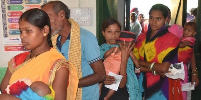 Bastar Lok Sabha Election: पांच वोटर थे बाहर, एक बीमार इसलिए नहीं बन पाया शतक