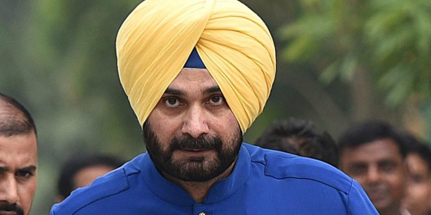 Does Navjot Singh Sidhu have a perpetual problem with his captains?