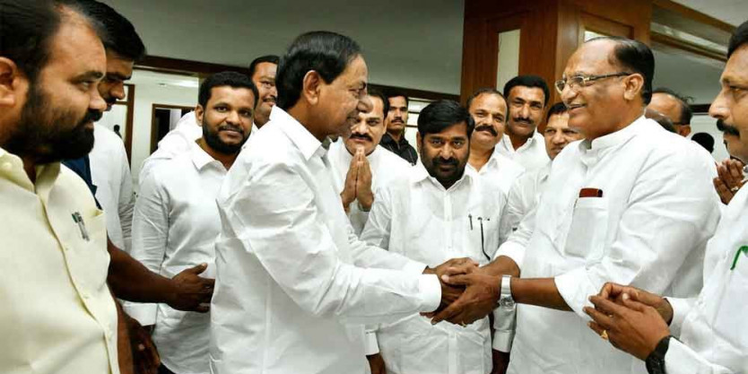 Sukhender Reddy calls on KCR