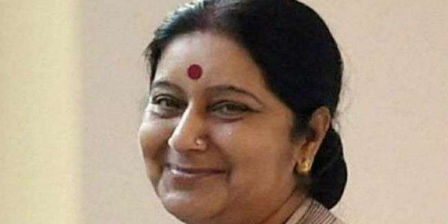 सुषमा स्वराज जब धूमल से बोलीं, आपने तो नई नवेली दुल्हन को टिकट दे दिया