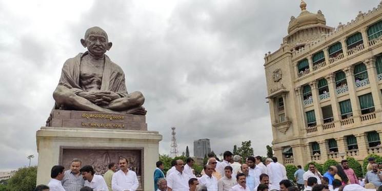 कर्नाटक संकट: विधानसभा में 11 से 14 जुलाई तक धारा 144 लागू