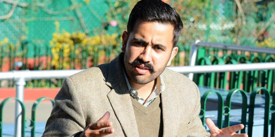 जयराम ठाकुर हवा वाले CM, उन्हें हेलिकॉप्टर में घूमना पंसद: विक्रमादित्य सिंह