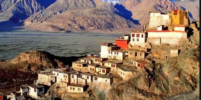 लद्दाख में उम्मीदों व खुशियों का महीना, केंद्रित शासित प्रदेश बनने से हर तरफ खुशी व उत्साह का माहौल