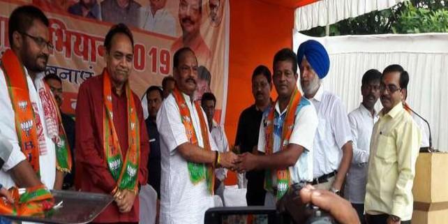 मुख्यमंत्री ने जमशेदपुर में किया भाजपा के सदस्यता अभियान का शुभारंभ, बोले-हर वर्ग को जोड़ना है