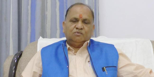 रांची में झारखंड के परिवहन मंत्री सीपी सिंह की सरकारी कार का कट गया चालान