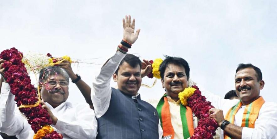 Fadnavis holds roadshow in Pune as part of his 'Maha Janadesh Yatra'