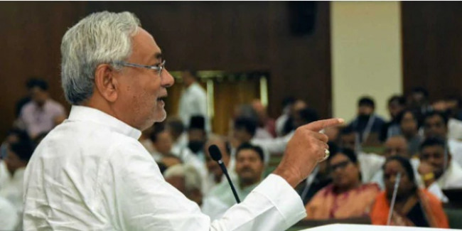 बिहार में राजद नेताओं का जदयू में पलायन शुरू, अब इस दिग्गज नेता ने छोड़ा लालू यादव की पार्टी का साथ