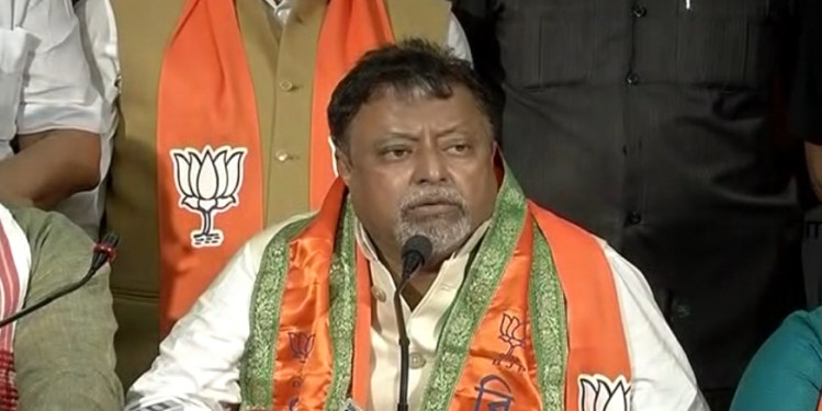 Mamata has lost Mental balance, says her one-time aide Mukul Roy; TMC hits back