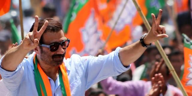 भाजपा के लिए सनी देओल का नाम बना टेंशन, चुनाव आयोग को अर्जी