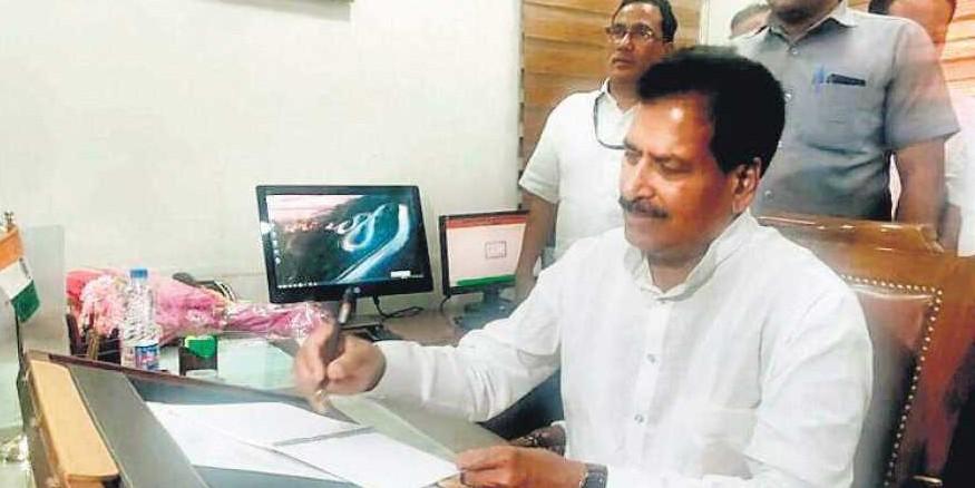 Karnataka government halted development of railways: MoS for Railways Suresh Angadi