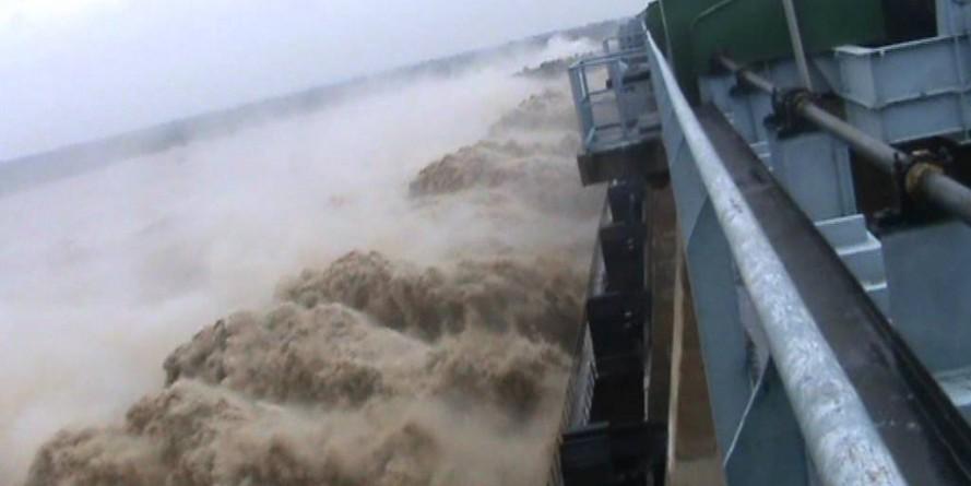 Karnataka releases water from Narayanpur dam