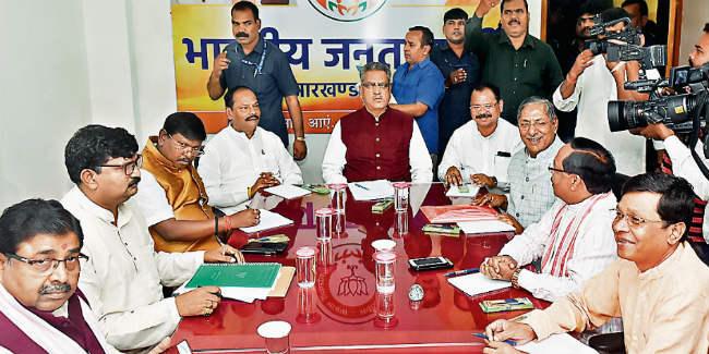 बीजेपी ने कसी कमर, विधानसभा चुनाव प्रभारी ओम माथुर ने कहा- 65 पार का लक्ष्य लेकर उतरेगी पार्टी