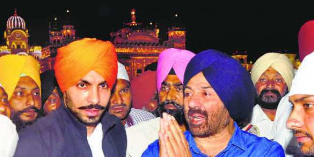 Not in politics to get clicked or blow my own trumpet: Sunny Deol