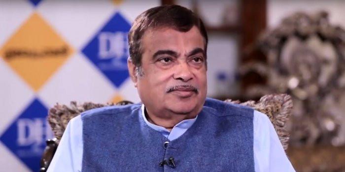 वित्त मंत्री से एक बार कहा था, RBI गवर्नर को हटा दें: नितिन गडकरी