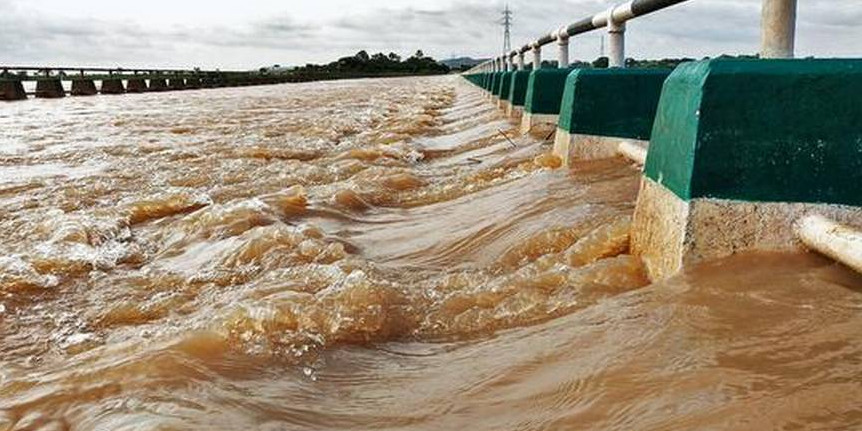 Downpour continues in NK; outflow from Krishna basin dams set to rise