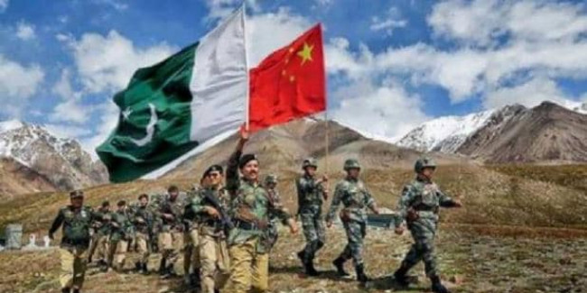 भारत की जवाबी कार्रवाई का असर, PAK ने LoC के पास से 50 चीनी नागरिकों को निकाला