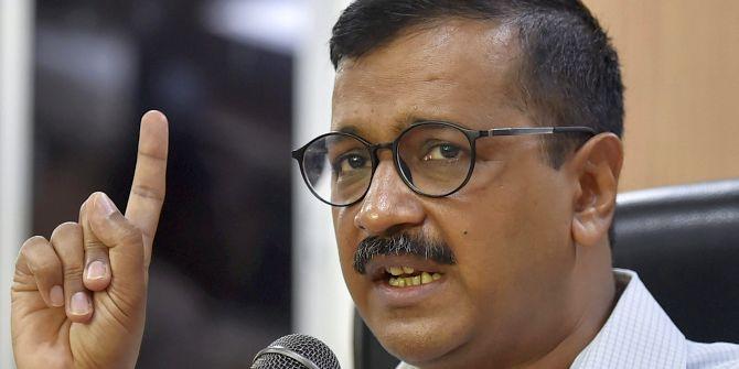 एक्शन में आई दिल्ली सरकार, अपने अफसरों पर कसा शिकंजा