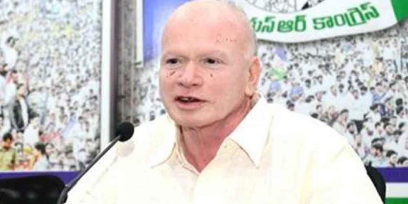 Jashith case: AP Deputy CM visits boy and his kin