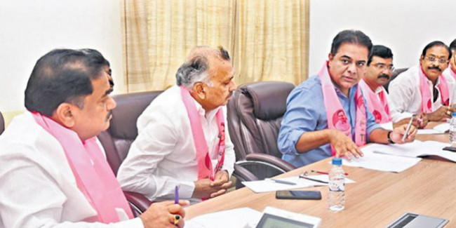 TRS will win municipal polls, says KTR