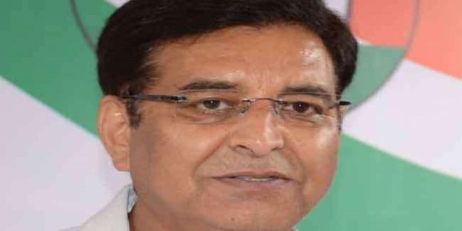 जिला और क्षेत्र पंचायत प्रमुखों के किले को बचाने में कांग्रेस ने झोंकी ताकत
