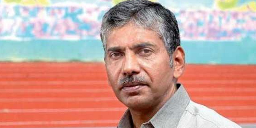 Kerala's top cop Jacob Thomas drifting towards BJP