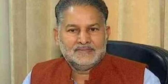 हरियाणा के मंत्री के विवादित बोल, कहा- 'पूर्व पीएम राजीव गांधी इटली जाकर फंस गए'
