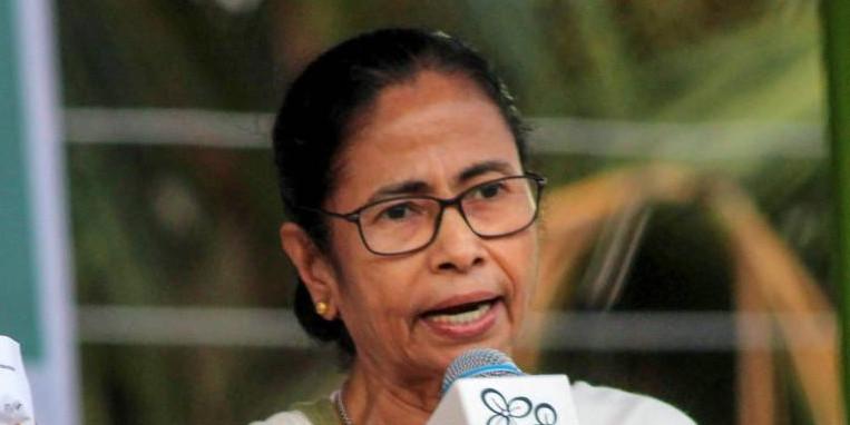 दुर्गापूजा में इस बार वीआइपी पास नहीं होगा : ममता बनर्जी